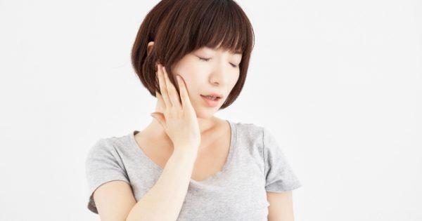 腰痛からくる顎関節症