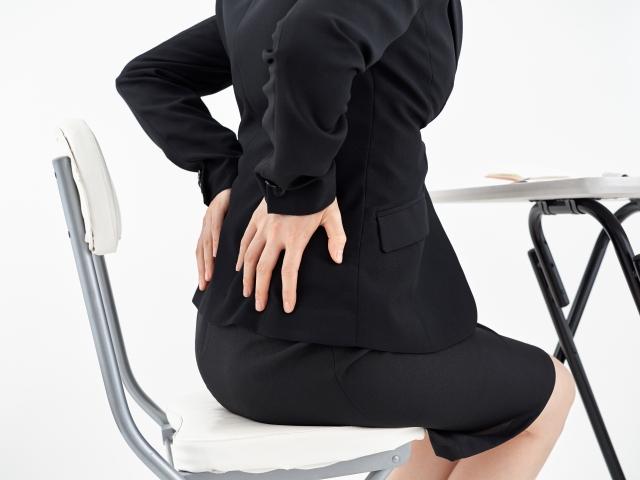 O脚、X脚、XO脚になるとどのような症状が出てくるの?